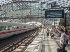 Berlin Hauptbahnhof / Central station (Gösta Knochenhauer) Tags: 2017 may panasonic lumix fz1000 dmcfz1000 berlin germany deutschland bahnhof station train railway hauptbahnhof central main building architecture p5190004nik p5190004 nik