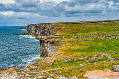 Cliffs (*Capture the Moment*) Tags: 2018 aranisland clouds elemente farbdominanz himmel holiday ireland irland june landscape landschaft landschaften sky sonne sonya6300 sonye18200mmoss sonyilce6300 sun trip wasser water wetter wolken cloudy green grün wolkig