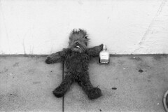 . (m_travels) Tags: foundobjects marketst street sf kodaktrix400 film analogue homedevelopedfilm blackandwhite cinestilldf96