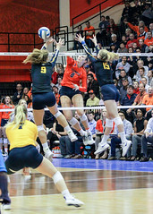 Flying Illini (RPahre) Tags: volleyball swing block huffhall huff champaign illinois ncaa