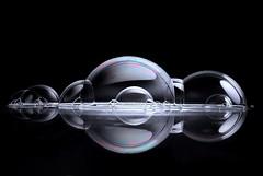 La formación de un nuevo mundo II (Osruha) Tags: burbujas bombolles bubbles creatiu creative composición composició composition fondonegro fonsnegre blackbackground nikon nikonistas nikond750 d750