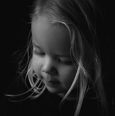 DSCF0249 (YouOnFoto) Tags: girl meisje baby dream dromerig zwart wit black white portret portrait mood intens