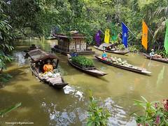 Floating Market (hamid-golpesar) Tags: floatingmarket market floating river bangkok thailand owaysee outdoor iran tabriz travel hamid hamidgolpesar hamidowaysee landscape