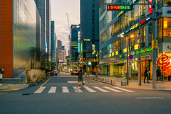 urban street (gwnam.2008) Tags: city cityscape citylife citylandscape citystreet cityroad cityinside alley streetvalley street streetscape busystreet urbanstreet urban urbanscape urbanlife urbanscenery urbanlandscape illuminated light lighting night nightscape nighttime people pedestrian sidewalk sign gangnam seoul seoulmetropolitan korea southkorea