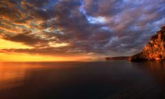 Lo stupore (Gio_guarda_le_stelle) Tags: sunset south seascape november light sun italy