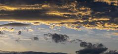 Salida del sol (3) (José M. Arboleda) Tags: paisaje panorama árbol bosque montaña cielo nube carretera ciudad casa río timbío cauca colombia minidrone drone dji spark josémarboledac