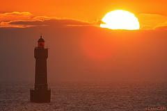Coucher de soleil du au phare de la Jument (cedric.cain29) Tags: cedriccaïn ouessant îledouessant iroise bretagne finistère phare lighthouse pharedelajument lajument lumièresdouessant paysages bzh lanterne coucherdesoleil