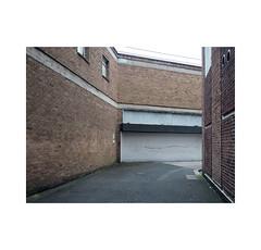 city walls (chrisinplymouth) Tags: wall brick lane alley thoroughfare plymouth devon england uk city cw69x desx r002 diag urb diagonal xg