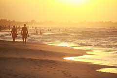 Sunset Walk-4 (Pavlo Kuzyk) Tags: sunset beach couple people ocean sun evening silhouette canon
