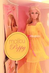 Summer of Love Poppy Parker (Poupée Chinoise) Tags: barbie malibu malibubarbie dolls fashionroyalty hippie 70s mod threescompany