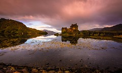 Castle on the water (Phil-Gregory) Tags: tokina tokina1120mmatx 1120mmproatx11 1120mmproatx eileendonalcastle scotland scenicsnotjustlandscapes castle water colour sunrise wideangle ultrawide nikon d7200