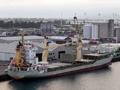 Papa Mau (IMO 9141704) (boeckli) Tags: tauranga newzealand ship cargoship schiff fahrzeug water wasser hafen harbour outdoor 005032 rx100m6 sky building vessel