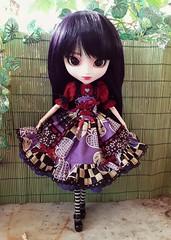Fake outfits  - Alice du Jardin purple version (Lunalila1) Tags: doll groove pullip sabrina handmade outfit costura dress clothes lunalila alice dujardin fake violet purple wig rewiged version