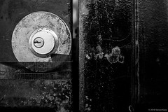 Sort of Abstract ©2018 Steven Karp (kartofish) Tags: lock gate abstract monochrome fuji fujifilm xt2 philadelphia pennsylvania centercity minimalist