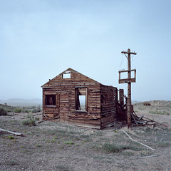 shack. gold point, nv. 2016. (eyetwist) Tags: eyetwistkevinballuff eyetwist nevada gold mine abandoned shack cabin mojavedesert landscape industry industrial ruins lonely desolate roadtrip film 6x6 120 mamiya 6mf 50mm portra 160 mamiya6mf mamiya50mmf4l kodakportra160 ishootkodak ishootfilm analog analogue emulsion mamiya6 square mediumformat primes filmexif iconla epsonv750pro lenstagger highdesert americantypologies usa desert west rural mining minerals goldrush goldpoint deathvalley wood weathered decay wires roofless window building old historic peak crumbling collapsin fallen wall