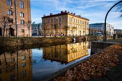 Reflection (Maria Eklind) Tags: operan autumn lillabommen gothenburg göteborg reflection spegling sweden gothenburgopera höst city västragötalandslän sverige se