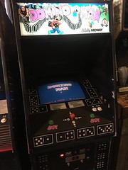domino man (timp37) Tags: bally midway domino man illinois december 2018 game galloping ghost arcade
