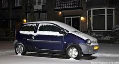 My Renault Twingo Spring (1997) (XBXG) Tags: rjhl15 renault twingo spring 1997 renaulttwingo sneeuw snow neige neve santpoorterplein haarlem nederland holland netherlands paysbas old classic french car auto automobile voiture ancienne française france frankrijk vehicle outdoor