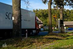 """Say """"cheese""""! (ChemiQ II) Tags: polska poland polen polish polsko chemiq польша poljska polonia lengyelországban польща polanya polija lenkija ポーランド pólland pholainn פולין πολωνία pologne puola poola pollando 波兰 полша польшча outdoor autumn jesień październik october jurajskim szlakiem jura jurassic trails fotoradar truck tir ciężarówka droga grass road"""
