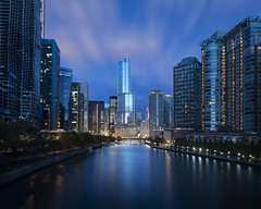 Chicago Tower (Bereno DMD) Tags: chicago city wind windy skyline sky skyscraper cloud clouds longexposure longshutter blue bluehour view morning sunrise dark light lights glow reflection reflectedlight nikon d850 fullframe wideangle 4x5 8x10 river illinois midwest urban explore experience newexperience