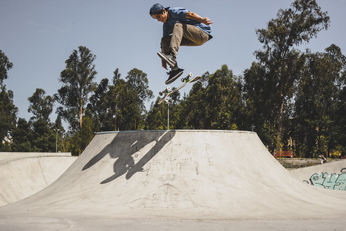 Angelo Morales / varial heelfip