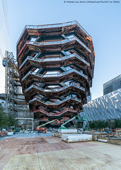 Vessel (20181019-DSC02681) (Michael.Lee.Pics.NYC) Tags: newyork hudsonyards vessel construction architecture sony a7rm2 fe1224mmf4g