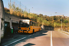 Terza sosta fotografica (maximilian91) Tags: inbuss210ft inbuss210 inbus oldbuses vintagebuses italianbuses italia italy liguria laspezia ektar100 35mm analogue nikonfe