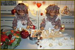 Weihnachtsbäckerei ... Mandorlini ... (Kindergartenkinder 2018) Tags: advent backen kindergartenkinder annemoni tivi