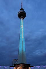 Giant zipper (andtor) Tags: berlin germany alex fernsehturm tvtower rx100miii festivaloflights zipper reisverschlus