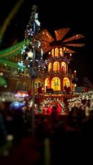 Jarmark Świąteczny, Wrocław (georgewroc) Tags: jarmark wroclaw wrocław polska poland outdoor rynek night dolnyśląsk dolnyslask lowersilesia polen pologne christmas market noc zdjęcienocne breslau oldtown altstadt marketsquare weihnachtmarkt breslauweihnachtmarkt citylights nightlife christmasfairs staremiasto samsung galaxy s7