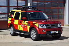 Heathrow Airport - OU15NFP - Fire1 (matthewleggott) Tags: heathrow airport baa fire rescue service engine appliance land rover discovery ou15nfp fire1