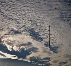 No podia faltar en el año nuevo (enrique1959 -) Tags: martesdenubes martes nubes nwn bilbao vizcaya españa paisvasco euskadi cielo