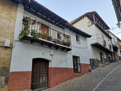 calle Real Guadalupe Caceres 06 (Rafael Gomez - http://micamara.es) Tags: calle real guadalupe caceres