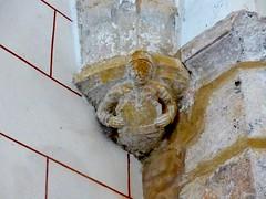 Bayers, Charente: église Notre-Dame. (Marie-Hélène Cingal) Tags: france poitoucharentes sudouest nouvelleaquitaine charente 16