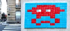 Space invader [Paris 16e] (biphop) Tags: europe france paris streetart space invader spaceinvader mur wall installation mosaic mosaique 75016 reactivation reactivated restored réactivé restauré pa691