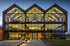 Tombola HQ, Sunderland (DM Allan) Tags: tombola hq sunderland wearside river wear building architecture workplace office