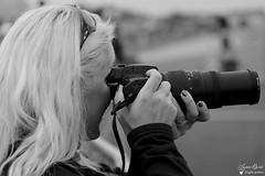 Sabrina (Laurent Quérité) Tags: canonfrance canoneos7d canonef100400mmf4556lisusm portrait noirblanc blackwhite femme woman meetingaérien airshow ba113 robinson saintdizier france