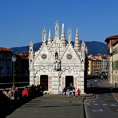 Santa Maria della Spina, Pisa (pom'.) Tags: pisa tuscany toscana italy italia 2018 april panasonicdmctz101 santamariadellaspina lungarno 100 200 europeanunion 300