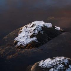 Sunset at Hasseltangen (Birgit F) Tags: 2019 january2019 lensbaby nikond500 norway velvet56 cropsensor grimstad ice photobirgitfostervold seeinanewway sunset swan hasseltangen