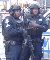 Times Square 285 (stevensiegel260) Tags: nypd policeofficers newyork timessquare automaticweapons