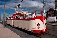 Tram cwch mewn hen lifrai / Boat tram in old livery - Blackpool (Rhisiart Hincks) Tags: lloegr england sasana brosaoz ingalaterra angleterre inghilterra anglaterra 英国 angletèrra sasainn انجلتــرا anglie ngilandi ue eu ewrop europe blackpool fylde aod glan y môr cósta kostalde coast côte arfordir seaside cois farraige tram tramway tramffordd red gorri ruz rouge dearg rojo rosso raudonas sarkans rød червоний красный أحمر אדום წითელი punane piros 红 赤 roșu červená skèle
