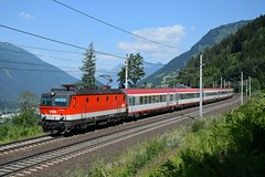 1144 281, IC 592 ( Salzburg -> Klagenfurt ). Kolbnitz (M. Kolenig) Tags: 1144 intercity tauernbahn baum wald berg