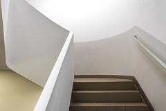Stairs to nowhere (michael_hamburg69) Tags: hamburg germany deutschland hansestadt stair stairs stairway treppenhaus stairwell steps escalier escala escalera ле́стница rampa scala architekt architecture architect modern jürgenmayerhermann jmayerh cogiton bürohaus office building steckelhörn