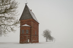 Labūnava manor tower @ winter (Edas Imagery) Tags: tower manor winter snow trees snowing lonely unexplored edasimagery