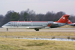 Northwest Airlink (Pinnacle Airlines) CRJ-200 N8524A (2sylbl) Tags: bruceleibowitz aviation aircraft airplane jet stockphoto bombardier canadairregionaljet crj crj200 canond30 northwestairlink pinnacle airlines n8524a memphis airport mem kmem 524806