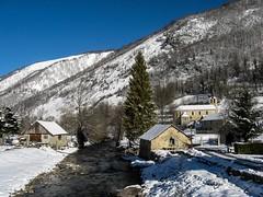 Sérac d'Ustou (Ariège) (PierreG_09) Tags: ariège pyrénées pirineos couserans montagne occitanie midipyrénées hiver neige rivière alet coursdeau moulin clocher église