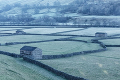 Swaledale (Andrew G Robertson) Tags: barn frost yorkshire dales swaledale winter gunnerside richmond