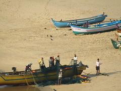 IMG_5456 (belight7) Tags: south india gokarna karnataka beach ocean boats holy town