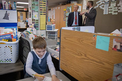 Tom Steyer Goes to School (Phil Roeder) Tags: desmoines iowa desmoinespublicschools centralcampus canon6d canonef24105mmf4lisusm tomsteyer steyer nextgen politics caucus caucuses iowacaucus campaign school education