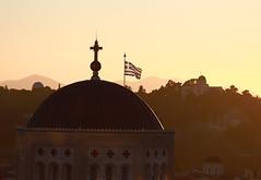 Sunset at Athens (vic_206) Tags: sunset atardecer light grecia bandera flag athens atenas